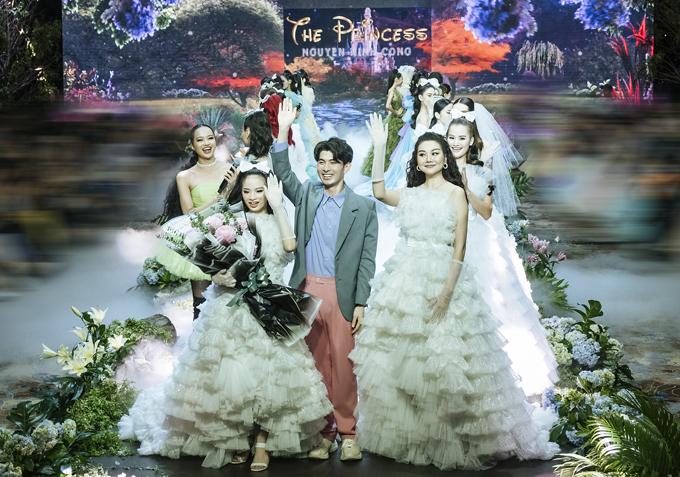 Nhiều khán giả dự đoán trong tương lai Bảo Hà sẽ ngày càng tỏa sáng, tiếp nối thành công của các đàn chị như Thanh Hằng, Võ Hoàng Yến....