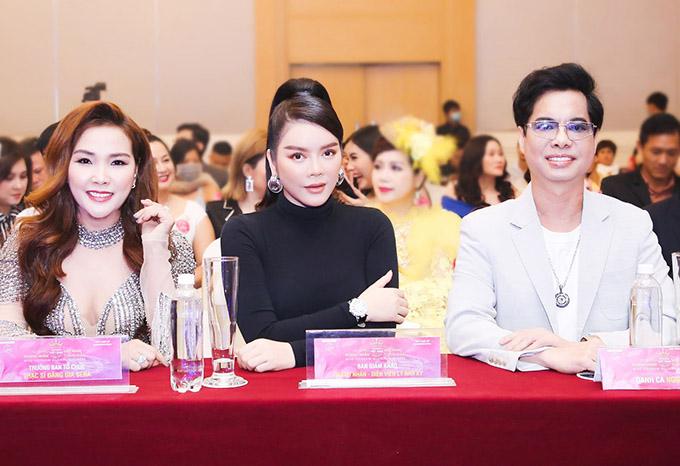Chung kết Hoa hậu doanh nhân Việt Nam toàn cầu 2020 dự kiến sẽ tổ chức ở Đà Nẵng, với sự tham gia của nhiều nghệ sĩ khách mời như Vũ Hà, Lâm Hùng, Noo Phước Thịnh, Dương Ngọc Thái...