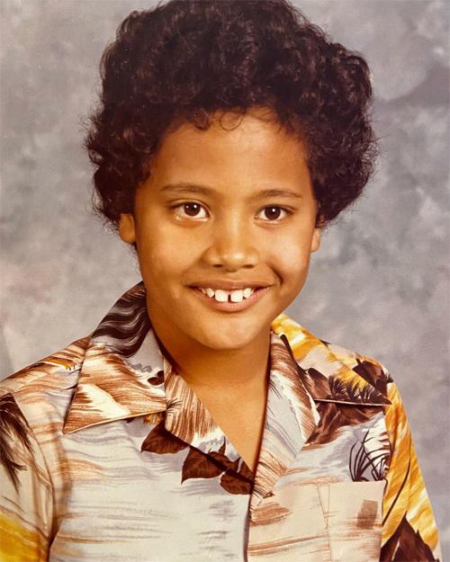 Dwayne Johnson năm 7 tuổi.