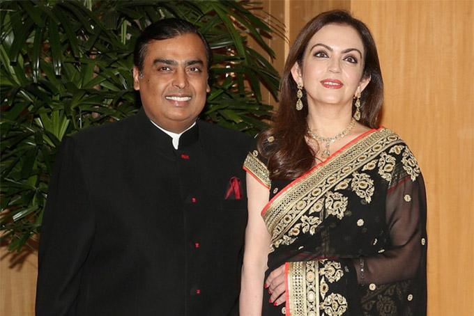 Bà Nita - vợ của người giàu nhất châu Á Mukesh Ambani với khối tài sản hơn 80 tỷ USD.