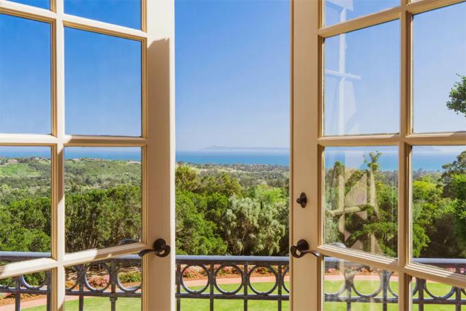 Các phòng đều có view đại dương thơ mộng.