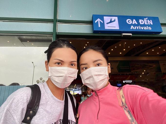 Kỳ Duyên - Minh Triệu có mặt tại Quảng Bình để hỗ trợ bà con vùng lũ.