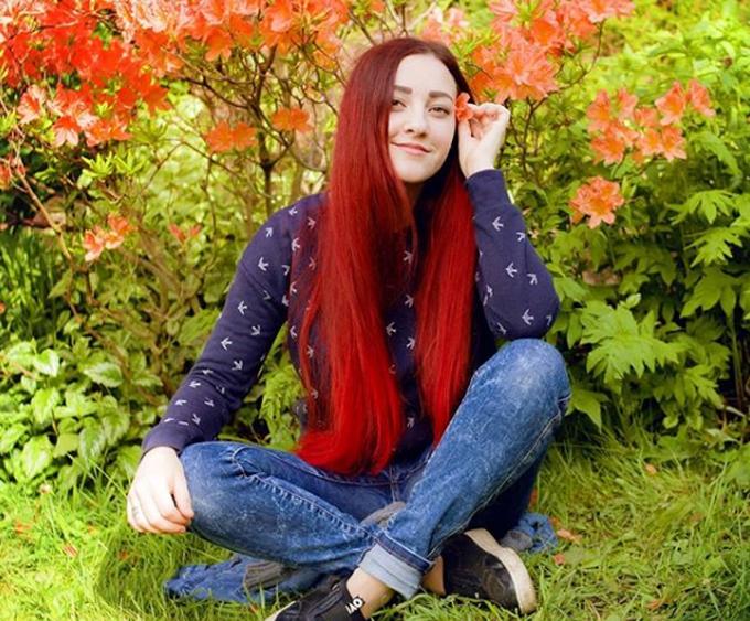 Lena Ash (29 tuổi) - người phụ nữ Nga mắc chứng khó nhớ khuôn mặt. Ảnh: Instagram.