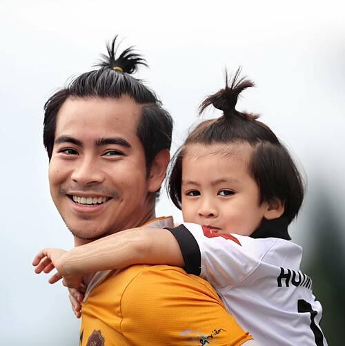 Có lẽ đây là tấm ảnh ý nghĩa nhất năm nay của Bình, diễn viên Thanh Bình chia sẻ về bức ảnh bên con trai.