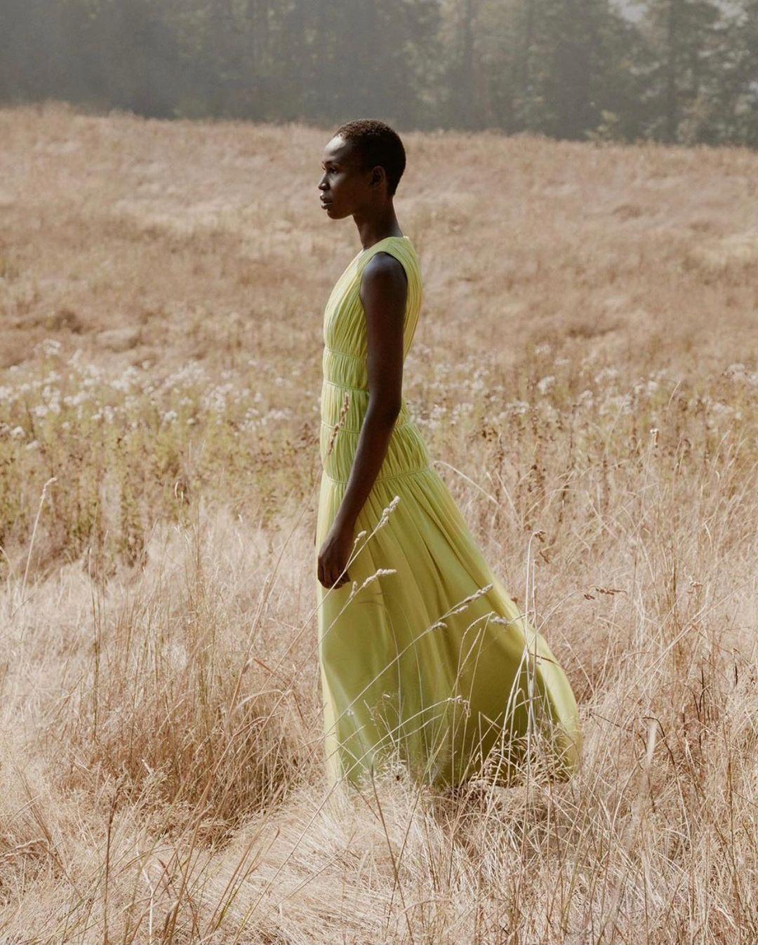 Người đẹp gốc Phi bắt đầu sự người mẫu từ năm 16 tuổi.