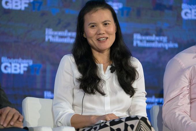 Bà Lucy Peng, nhà đồng sáng Alibaba. Ảnh: Bloomberg.