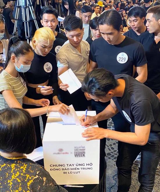 Số tiền quyên góp được trong buổi casting sẽ được trao tặng cho bà con các tỉnh miền Trung. Tuần lễ Thời trang Quốc tế Việt Nam 2020 diễn ra từ ngày 3 đến ngày 6/12 tại Nhà thi đấu Nguyễn Du, TP HCM.
