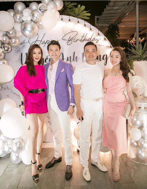 Diễn viên Chi Bảo và bạn gái Lý Thùy Trang dự sinh nhật Anh Dũng - bạn trai tin đồn của Trương Ngọc Ánh.