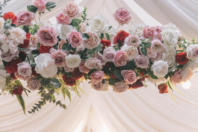 Hoa lụa mang tông màu pastel, phù hợp với nhiều bối cảnh, không gian.