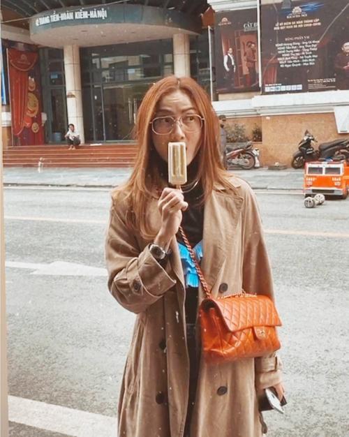 Yến Trang Yến Nhi ăn hơn 10 món Hà Nội, mê nhất bún chả và nộm - 22