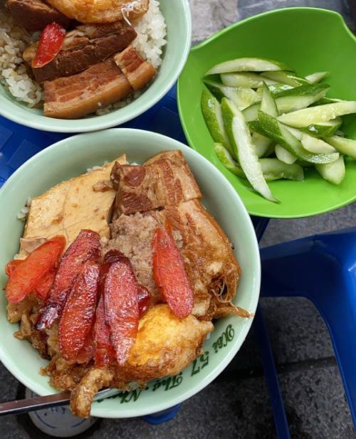 Yến Trang Yến Nhi ăn hơn 10 món Hà Nội, mê nhất bún chả và nộm - 8