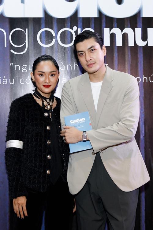 Người mẫu Quang Đại cũng xuất hiện trong hai cảnh phim, ủng hộ vai chính đầu tay của cô bạn thân Hồ Thu Anh.