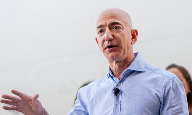 CEO Amazon Jeff Bezos gửi lời chúc mừng tới Tân tổng thống Biden. Ảnh: CNBC.