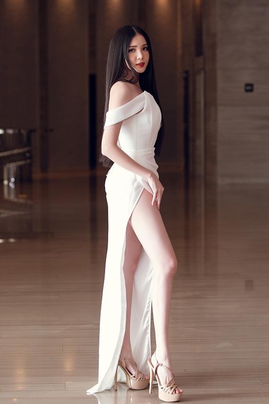 Tiểu Vy, Đỗ Mỹ Linh đọ sắc vóc - 20
