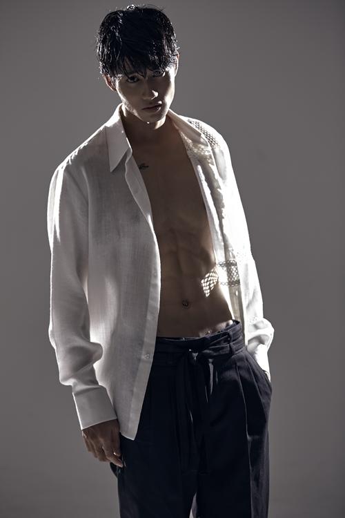 Avin Lu ngoài đời ưa chuộng phong cách thời trang, tạo hình Hàn Quốc.