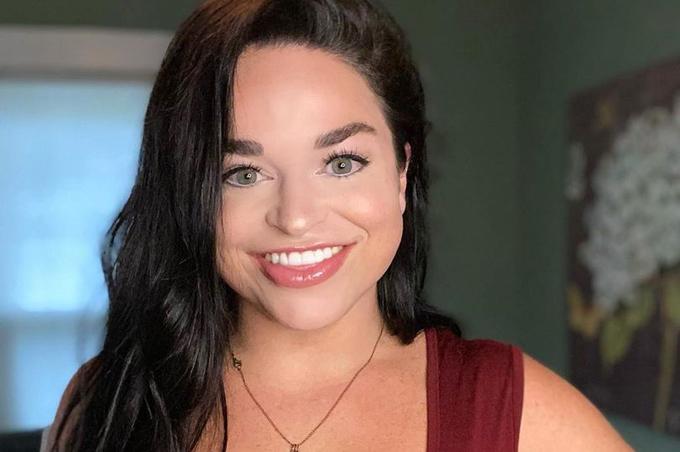 Samantha Ramsdell, diễn viên hài 30 tuổi ở Connecticut, Mỹ. Ảnh: FB.