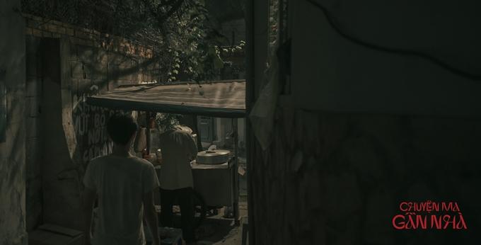 Chuyện ma gần nhà dựa theo các truyền thuyết bí ẩn lan truyền trên mạng. Phim do bộ đôi nhà sản xuất Hoàng Quân - đạo diễn Trần Hữu Tấn (từng làm phim Bắc kim thang) thực hiện. Phim dự kiến ra mắt trong năm 2021.