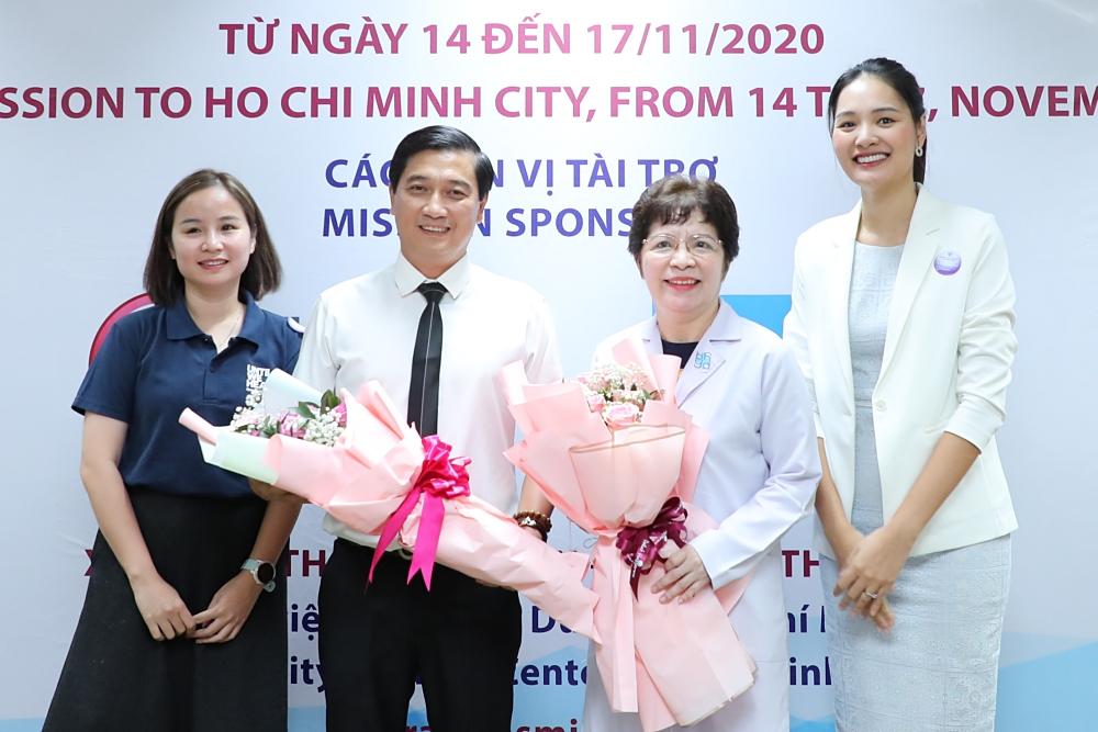 Hương Giang, Đức Tuấn giúp đỡ trẻ em bị dị tật hàm mặt - 4