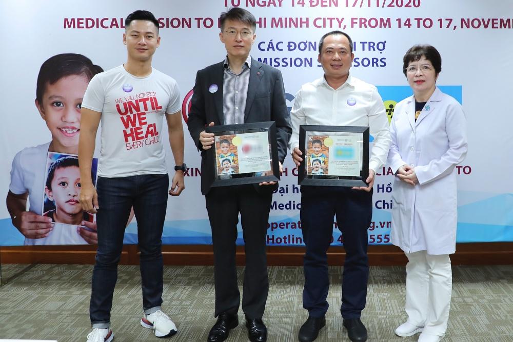 Hương Giang, Đức Tuấn giúp đỡ trẻ em bị dị tật hàm mặt - 6