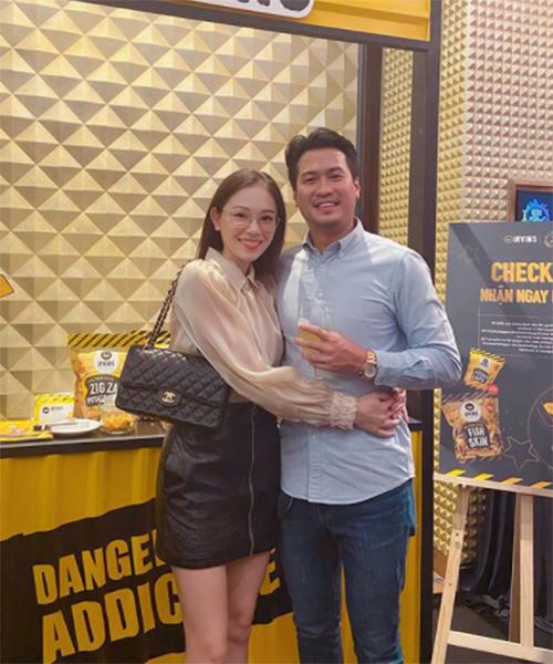 Linh Rin hạnh phúc bên bạn trai Phillip Nguyễn.