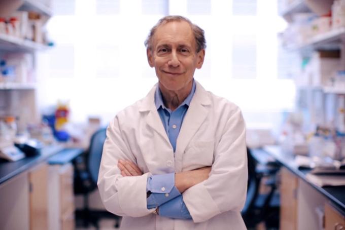 Robert Langer, giáo sư Đại học MIT, nhà đầu tư của Moderna. Ảnh: Langer Lab.