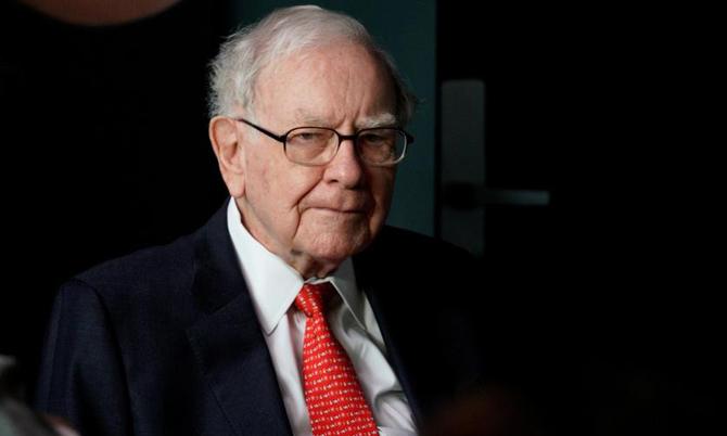 Warren Buffett, Chủ tịch tập đoàn đầu tư Berkshire Hathaway. Ảnh: Reuters.