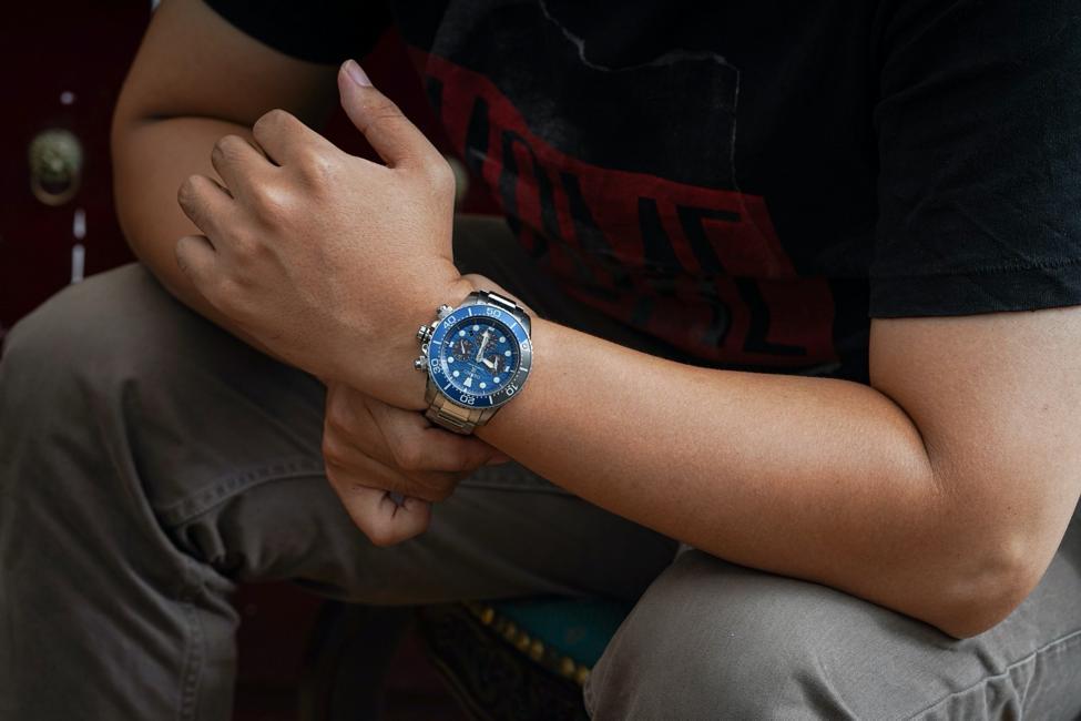 Đồng hồ dây kim loại được nhiều nam giới lựa chọn bởi độ bền và sự tiện dụng. Ảnh: Galle Watch.