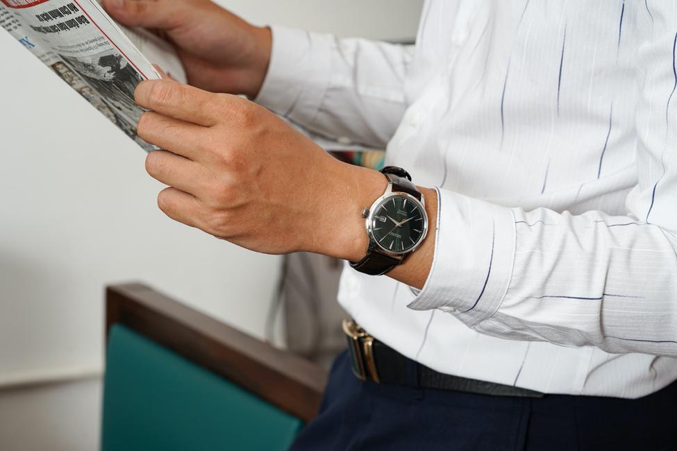Những mẫu đồng hồ cổ điển, dây da... là lựa chọn lý tưởng cho các chàng theo đuổi sự thanh lịch, tối giản, không phù phiếm. Ảnh: Galle Watch.