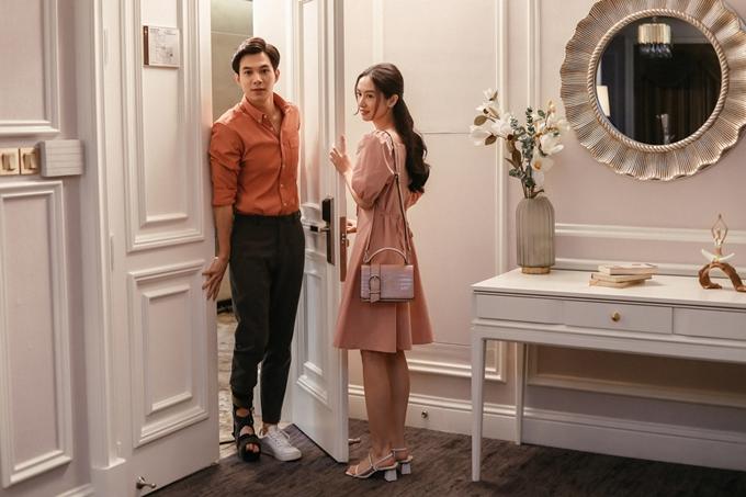 Anh Tú và Jun Vũ là cặp đôi thứ hai của phim Chìa khóa trăm tỷ được hé lộ, sau Thu Trang và Kiều Minh Tuấn.