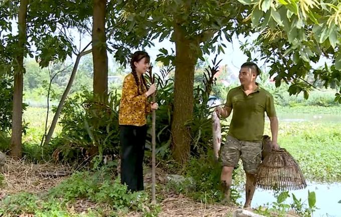 Dương Ngọc Bảo (phải) trong một cảnh phim.