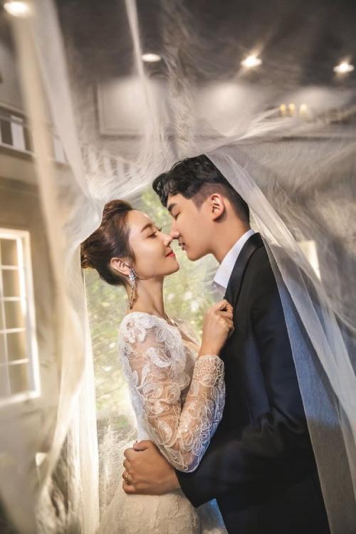 Ảnh cưới lãng mạn của Han Min Chae.