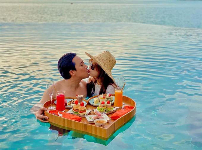 Trấn Thành - Hariwon chọn villa có cầu trượt duy nhất ở Việt Nam