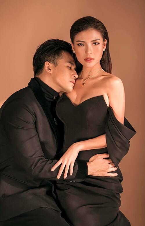 Vợ chồng Thúy Diễm - Lương Thế Thành tình cảm trong bộ ảnh mới.
