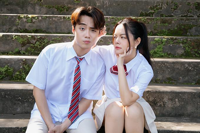 Tạo hình của Phạm Quỳnh Anh và bạn diễn Hai Dang Doo trong MV.