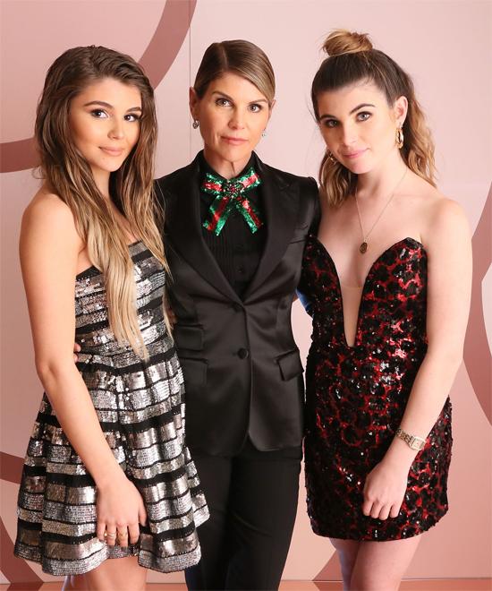 Nữ diễn viên Full House và hai cô con gái Bella, Olivia.