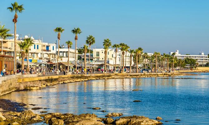 Thành phố biển Paphos thuộc quốc đảo Cyprus. Ảnh:Property guides.