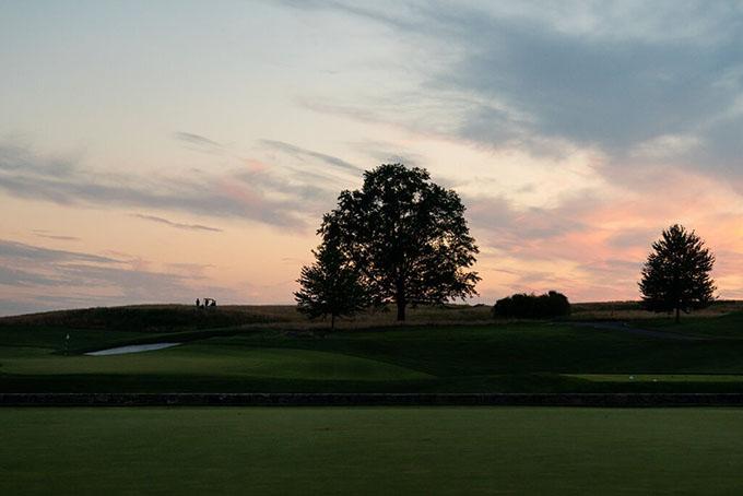 Câu lạc bộ Trump National Golf Club tại Bedminster, New Jersey, nơi vợ chồng Ivanka đang cải tạo lại một số hạng mục. Ảnh: NYT.
