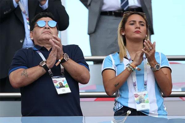 Cố huyền thoại Maradona và tình cũ Rocio Oliva có 6 năm bên nhau. Ảnh: AFP.