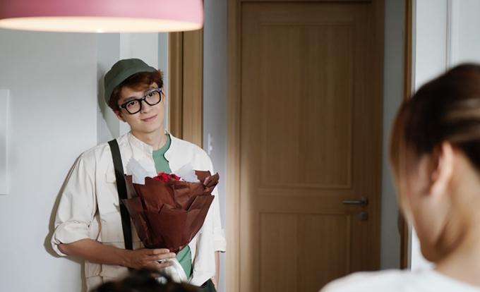 Ngô Kiến Huy trong vai chàng khờ si tình của phim Em là của em.