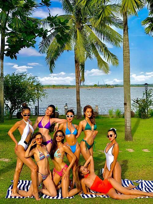 Á hậu Hoàng My cùng siêu mẫu Võ Hoàng Yến, Kim Duyên đọ dáng với bikini cùng những người bạn.