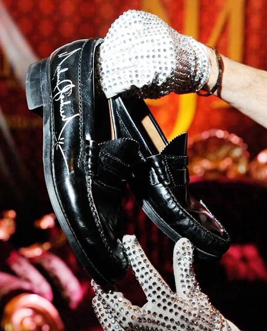 8 bí mật về phục trang của Michael Jackson  - 14