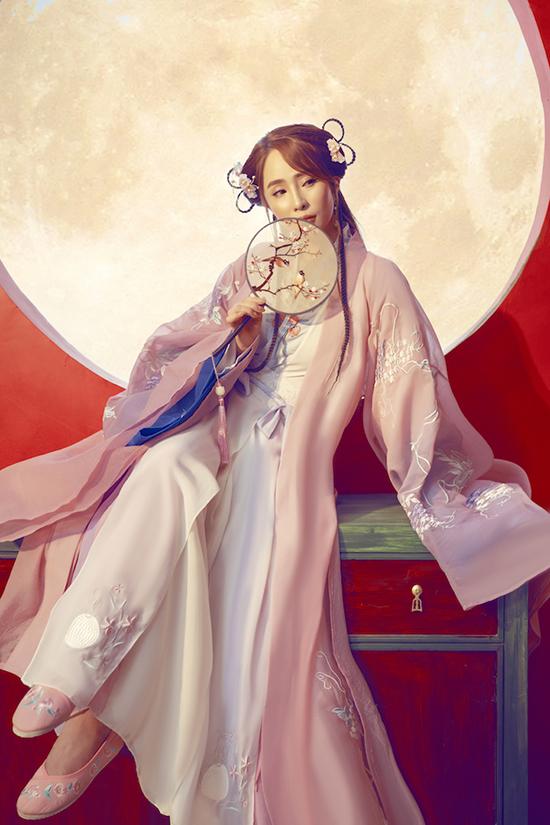 Quỳnh Nga hóa tiên nữ - 18