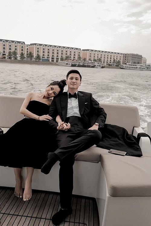 Huỳnh Anh và bạn gái Bạch Lan Phương.