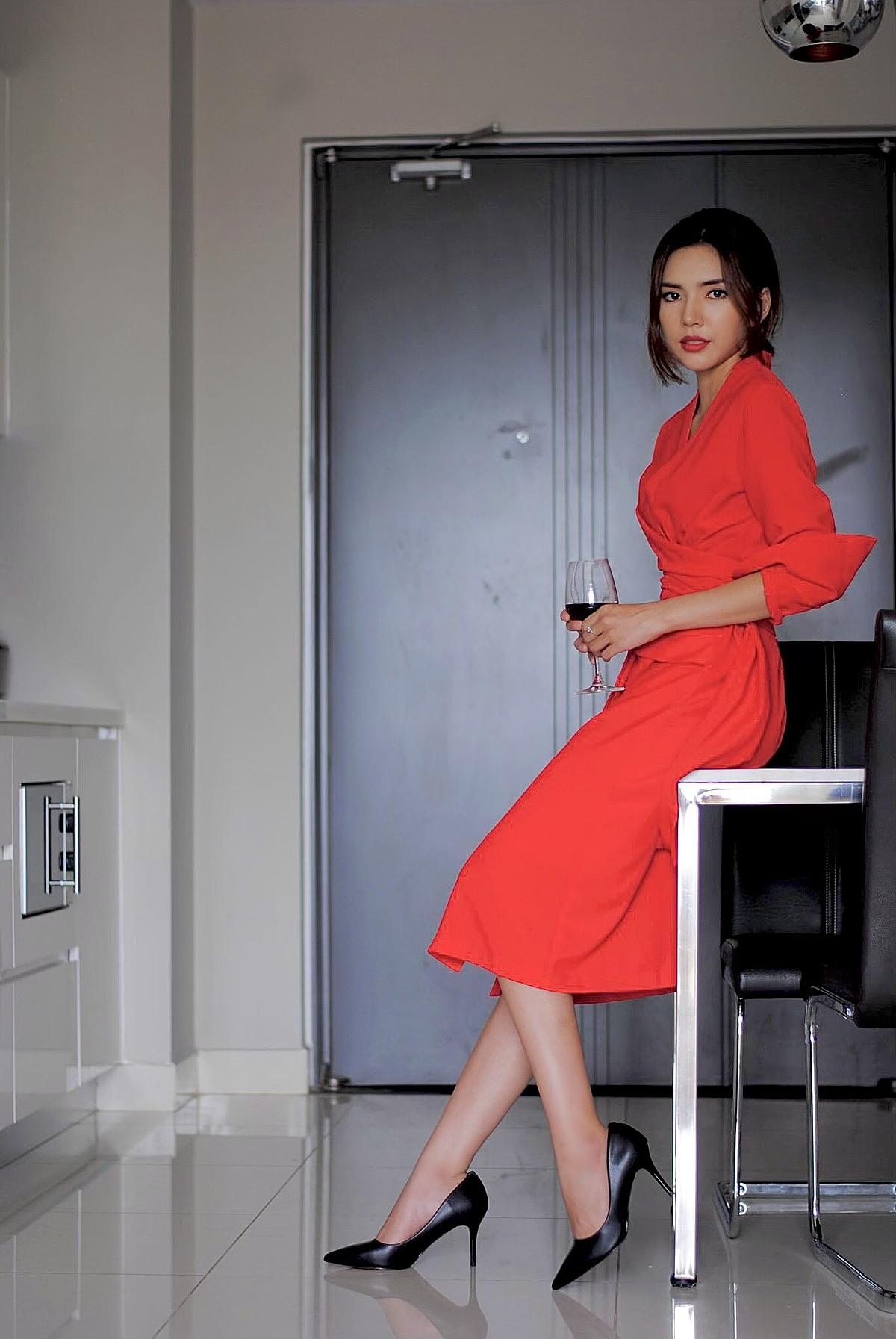 Thời trang BIM làm toát lên hình ảnh người phụ nữ tự chủ, đam mê, hạnh phúc qua mỗi bộ trang phục.