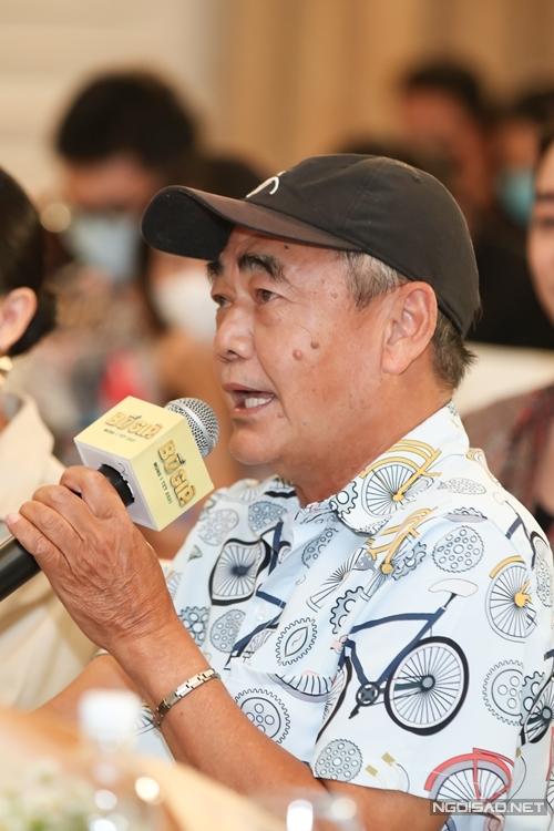 NSƯT Việt Anh ủng hộ học trò Trấn Thành với một vai khách mời.