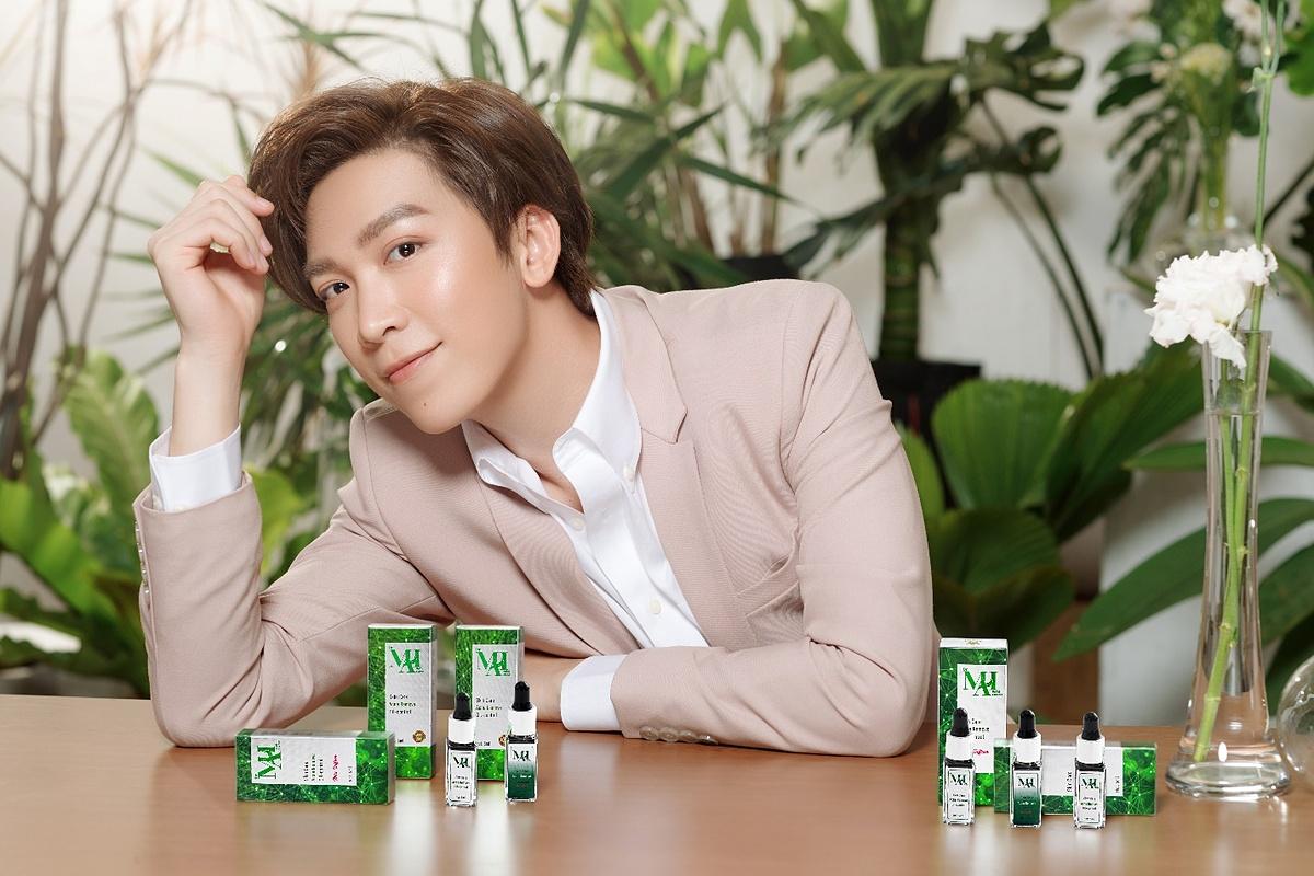 Ca sĩ Tăng Phúc yêu thích sản phẩm Dr Mai.