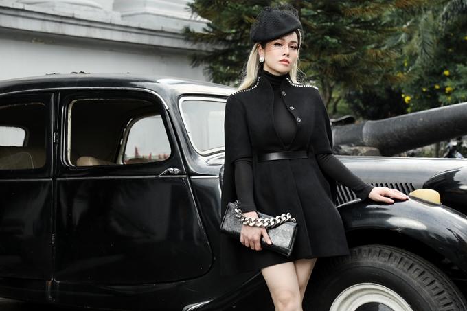 Nhật Kim Anh là nàng thơ trong bộ ảnh thời trang do stylist Tân Đà Lạt thực hiện. Bộ ảnh sử dụng loạt trang phục trong BST thu đông 2020 của NTK Nguyễn Diệp Yến.