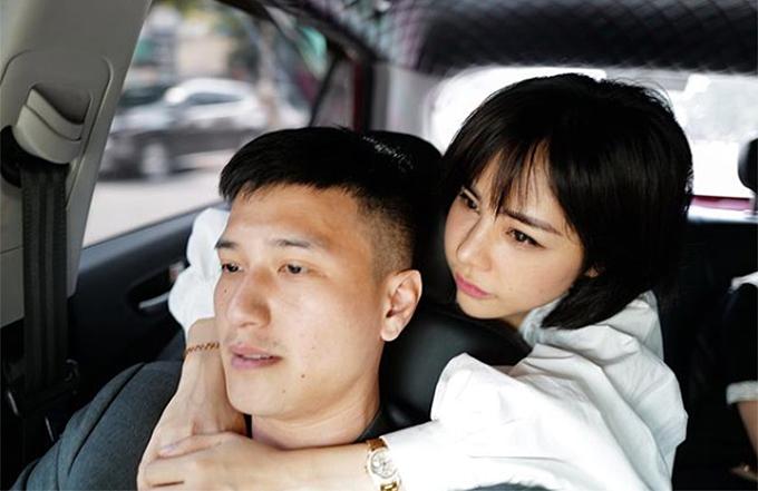 Diễn viên Huỳnh Anh tình cảm bên bạn gái Bạch Lan Phương.