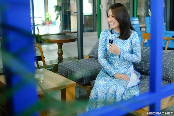 Diễn viên Ngọc Lan có hẹn với Ngoisao.net vào một buổi trưa cuối tuần, tranh thủ trong giờ nghỉ trưa của cô tại một phim trường ở quận 7, TP HCM.