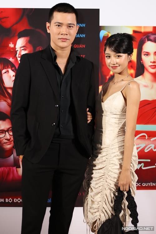 Diễn viên Trần Phong và Trịnh Thảo vào vai người yêu trong phim Trong màn đêm, không chớp mắt.